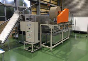 食品乾燥機:食品を熱風で乾燥させる装置です。